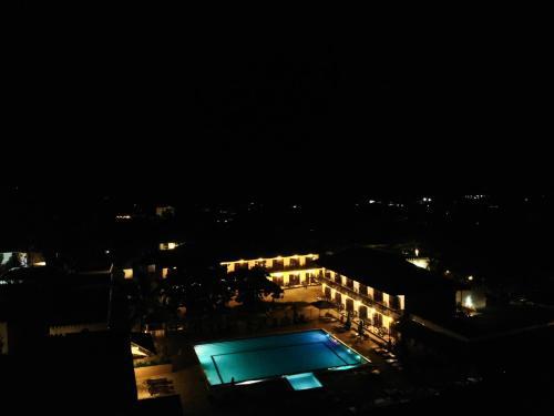 Uitzicht op het zwembad bij Amaan Beach Bungalows of in de buurt