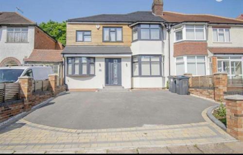 Painswick Road House