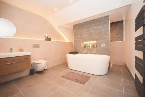 CONTRACTOR 5 BED DIGS Dwellcome Home South Shields