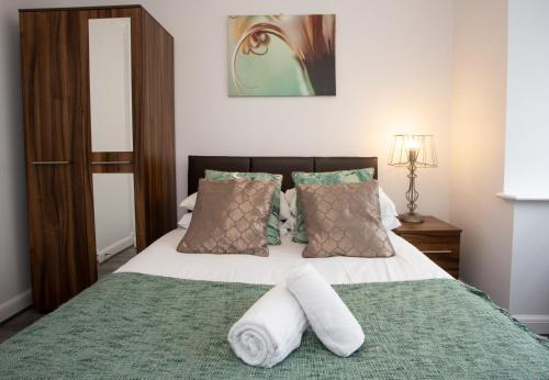 Bicester Key Worker Serviced Accommodation - Oxfordshire