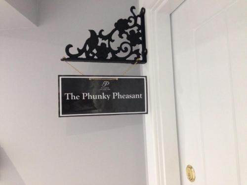 Pitlessie Inn and Pantry