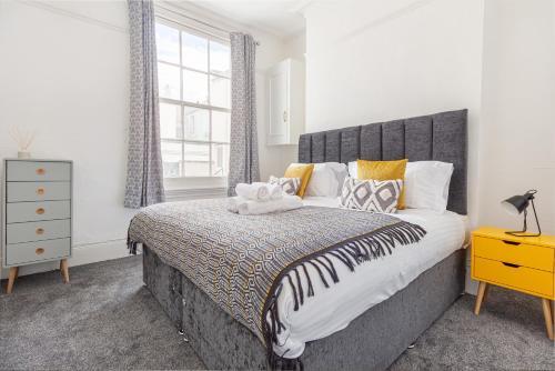 Cheltenham City Centre - 1 Bedroom Apartment