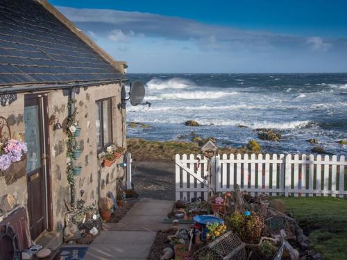 Pew with a View - Seafront Cottages