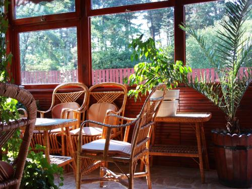 A restaurant or other place to eat at Guest House Zodiac