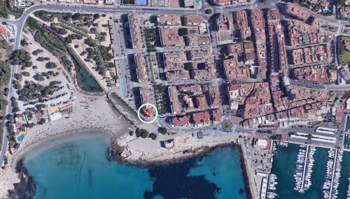 Letecký snímek ubytování Ver el mar desde la habitación