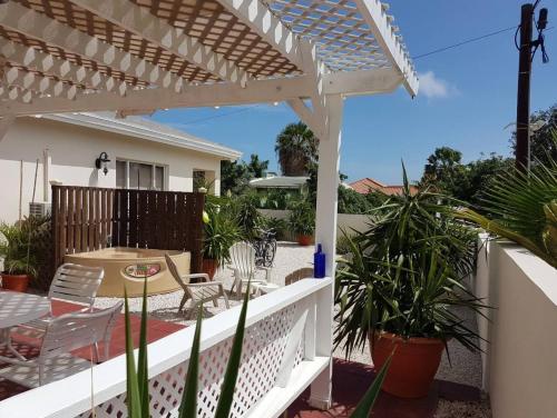 Uma varanda ou terraço em Mi Palm Beach Apartment