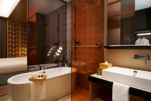 A bathroom at Oasia Hotel Downtown, Singapore by Far East Hospitality (SG Clean)