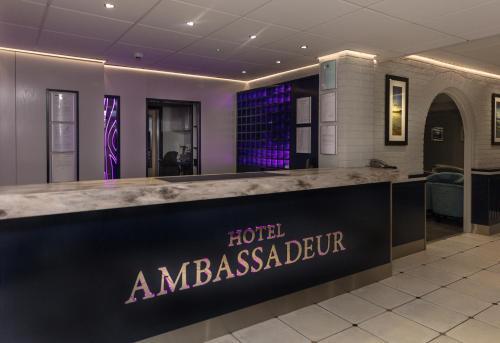 The lobby or reception area at Hotel Ambassadeur