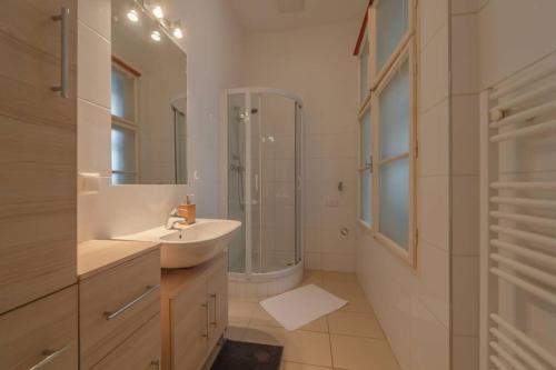 Koupelna v ubytování BRAND-NEW SCHÖNBRUNN PALACE RESIDENCE