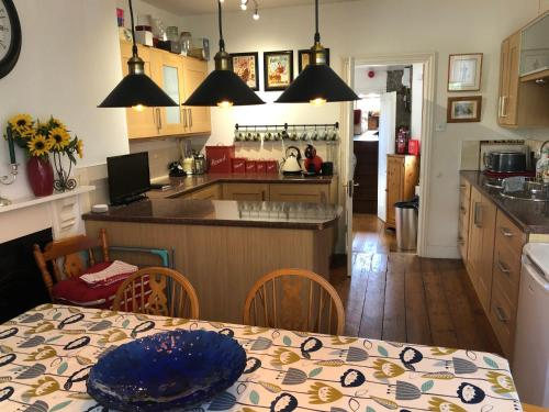 3 Bedroom 2 Bathrooms Apartment in Central Penzance