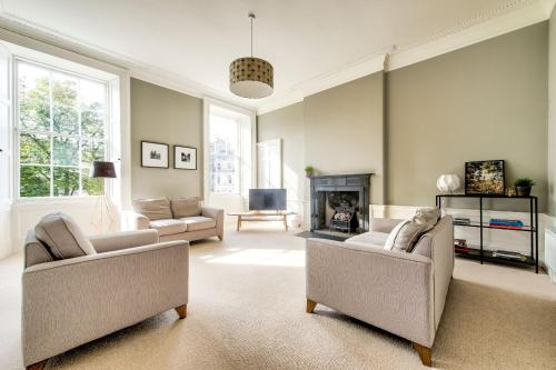 ALTIDO Bright and Spacious 4-bedroom Apart in Stockbridge