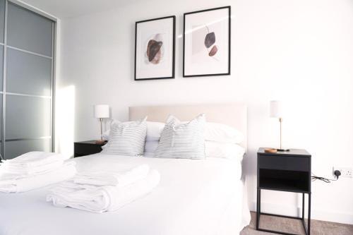 City Centre Apartment - Free Parking, WiFi & Netflix