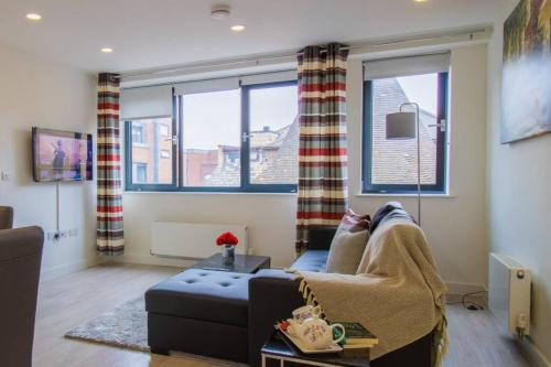 Virexxa Bedford Centre - Executive Suite - 2Bed Flat with Free Parking & Gym