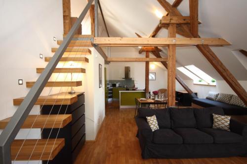 Ein Sitzbereich in der Unterkunft River View Residence