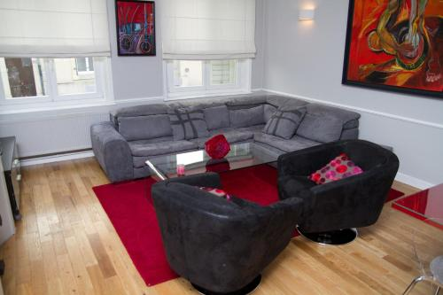 A seating area at Appartement Rennel