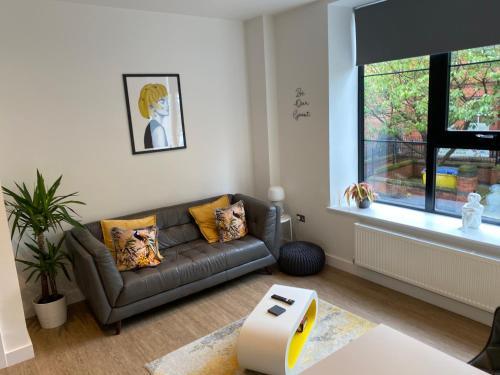 3 Cuppin Street - Brand new luxury city centre apartment!