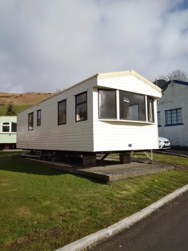 Sunrise static caravan hire