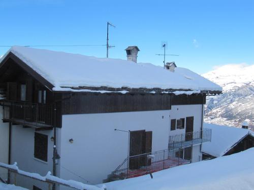 Casa Chamonin durante l'inverno