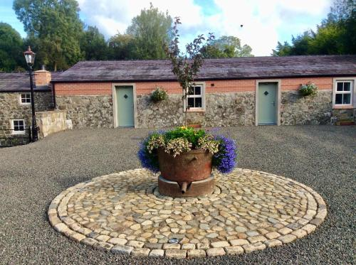 Millbrae Lodges