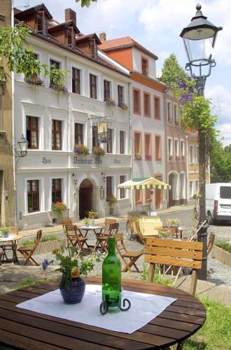 Ferienwohnung Hotel und Gasthof Dreibeiniger Hund