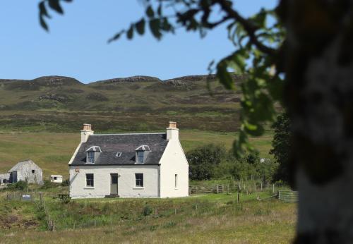 Dunvegan Castle The Farmhouse Cottage