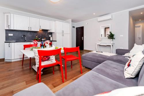 The lounge or bar area at Nel Centro City Apartment