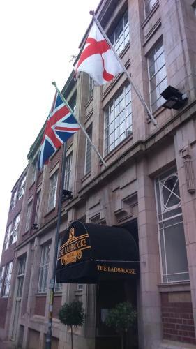 Ladbrooke Hotel