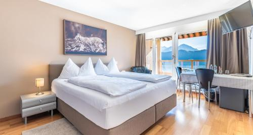 A room at Hotel Alpenblick