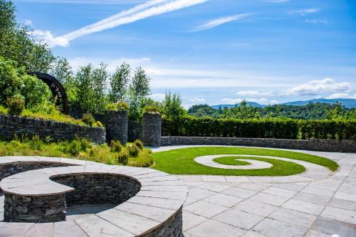 A garden outside Killarney Heights Hotel