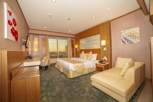 A room at Grand Stay Hotel