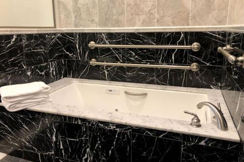 A bathroom at 16 Bay View