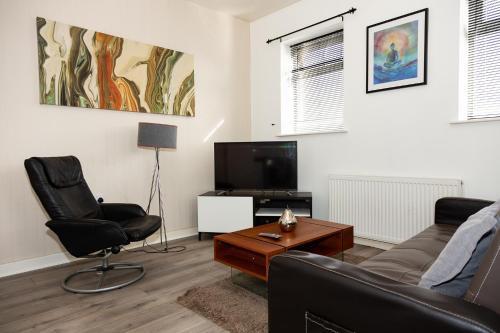 Alexander Apartments Roker