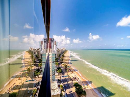 A balcony or terrace at Grand Mercure Recife Boa Viagem