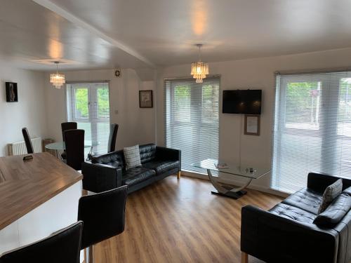 Caledonian Apartment