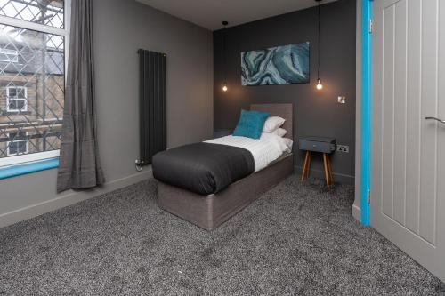 Newly Refurbished Contemporary Style Serviced Accommodation