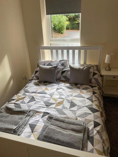 Cosy 1 bed apartment next to the hospital and close to the Bailgate