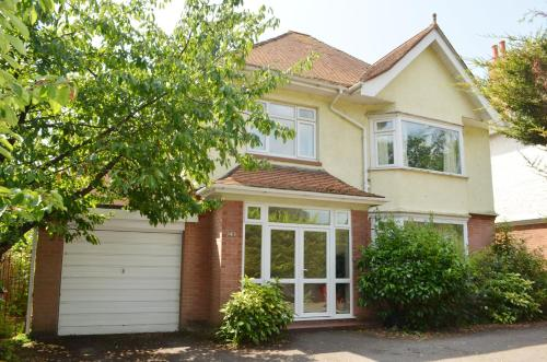 A cozy house to stay in sunny Bournemouth