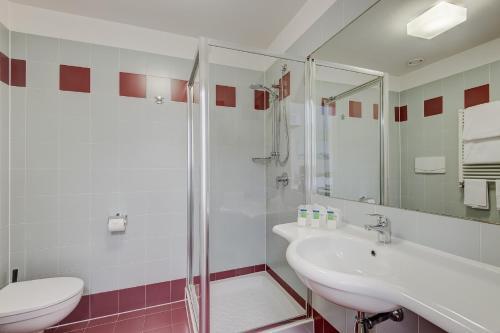 A bathroom at Camplus Guest Turro Casa per Ferie