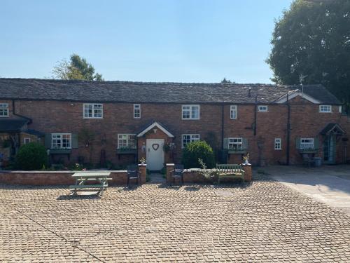 Bank Farm Cottages