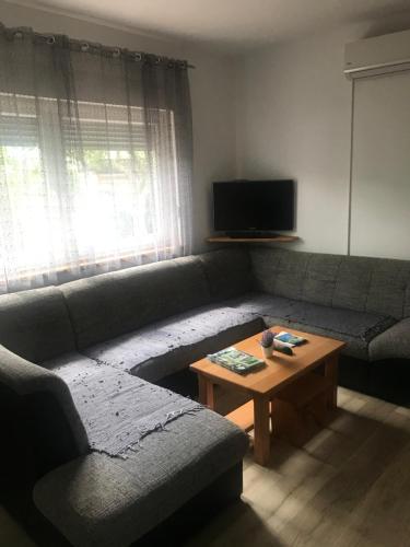 Lounge nebo bar v ubytování Guest House Josipović
