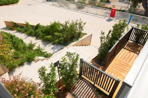 A balcony or terrace at Medora Orbis Mobile Homes & Glamping