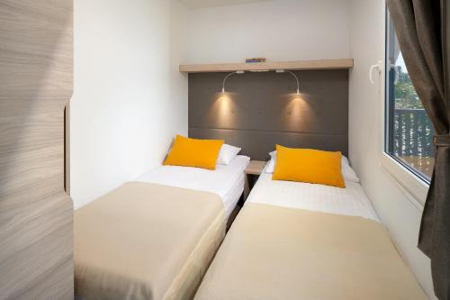 A room at Medora Orbis Mobile Homes & Glamping