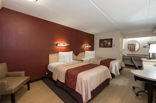 A room at Red Roof Inn West Monroe
