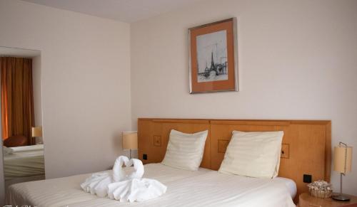 A room at Hotel 2000 Valkenburg