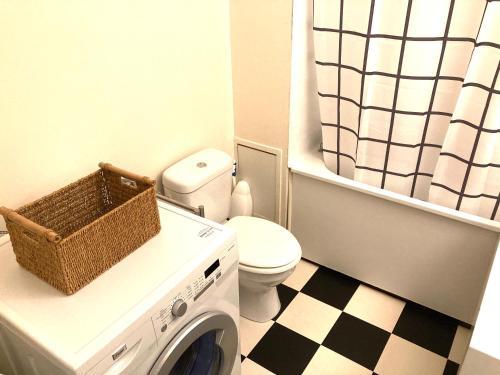 A bathroom at Studio Andernos