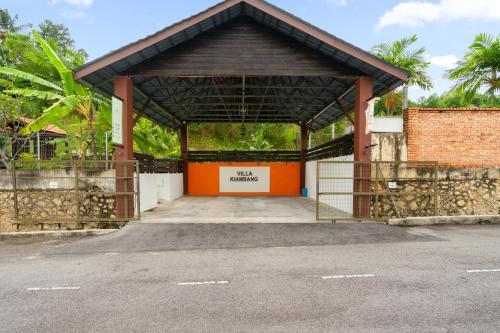The facade or entrance of Villa Kiambang