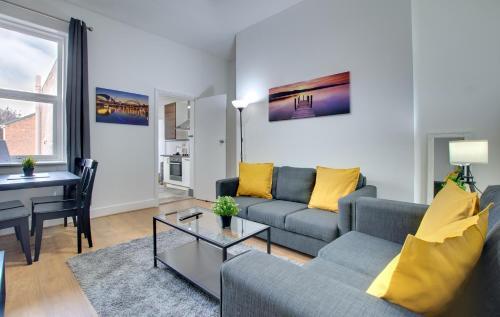 Modern First Floor Newcastle Apartment