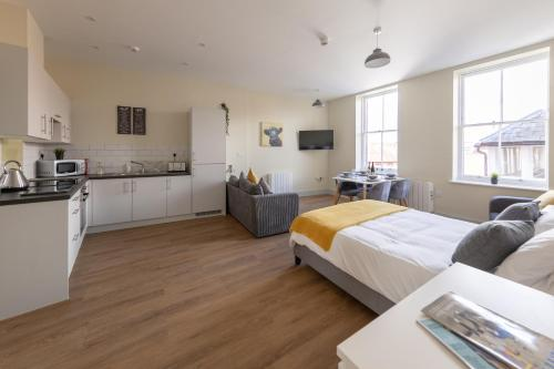 Apartment 6, Isabella House, Aparthotel, By RentMyHouse