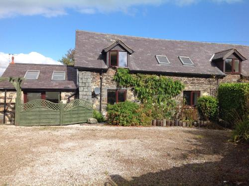 Conwy Farmhouse Cottage- half a mile from Conwy Castle