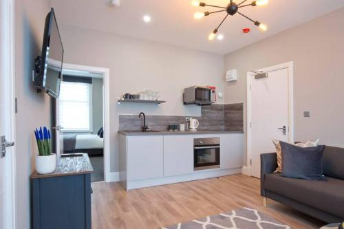 BlackBird Luxury Accommodation Room 6